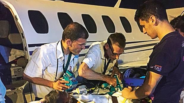 Gökhan wird von Antalya nach München geflogen