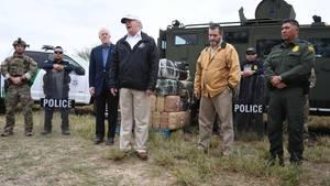 Donald Trump an der US-mexikanischen Grenze