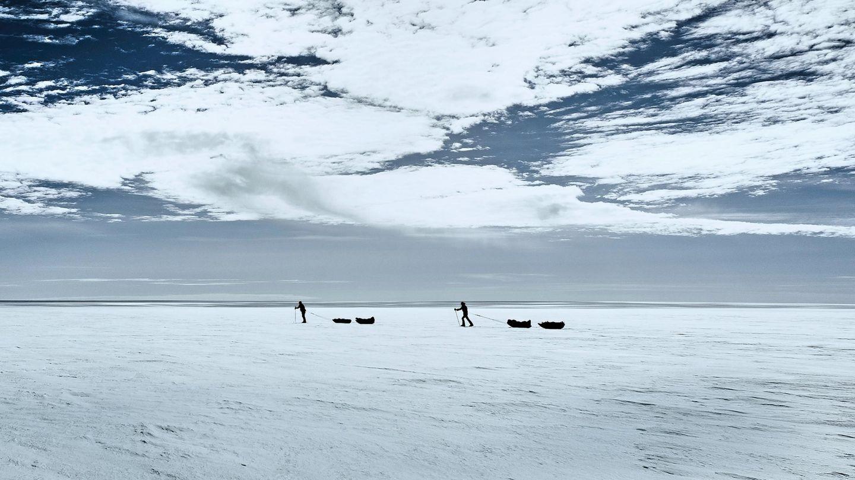 Grönland: Mit Steigeisen und Skiern durch eisige Schönheit