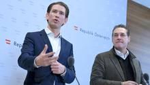 Der österreichische Bundeskanzler Sebastian Kurz (l.) hat den Zorn der Wiener Bevölkerung auf sich gezogen