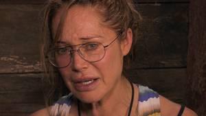 Doreen Dietel weinend im Baumhaus des Dschungelcamp 2019