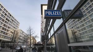 """Frankfurter Anwältin erhält neues Drohfax von """"NSU 2.0"""""""