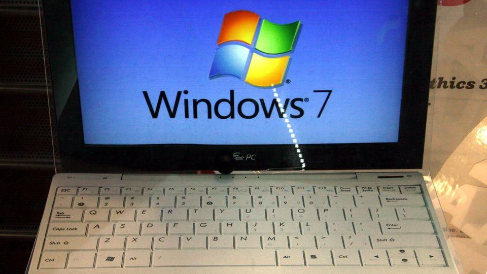 Laptop mit dem Betriebssystem Windows 7