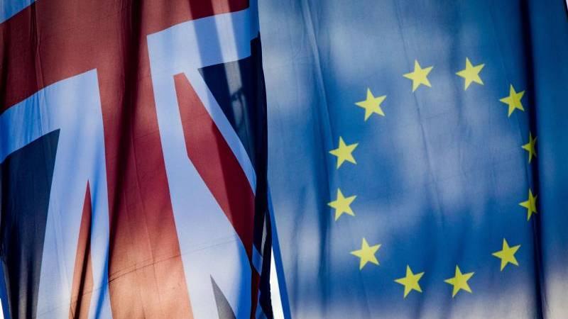 Hamburg: Die Flaggen Europas und Großbritanniens