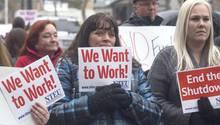 """""""Wir wollen arbeiten!"""": Demonstranten in Ogden, im US-Bundesstaat Utah fordern ein Ende der Haushaltssperrre"""