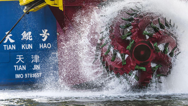 Tian Kun Hao ist Asiens größter Schiffsbagger.