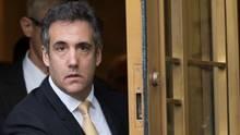 Früherer Anwalt von Donald Trump - Michael Cohen - gibt Manipulationen zu