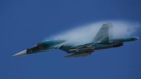 Russland: Zwei schwere Jagdbomber des Typs Suchoi Su-34 sind am Freitag bei einem Übungsflug kollidiert (Symbolbild)
