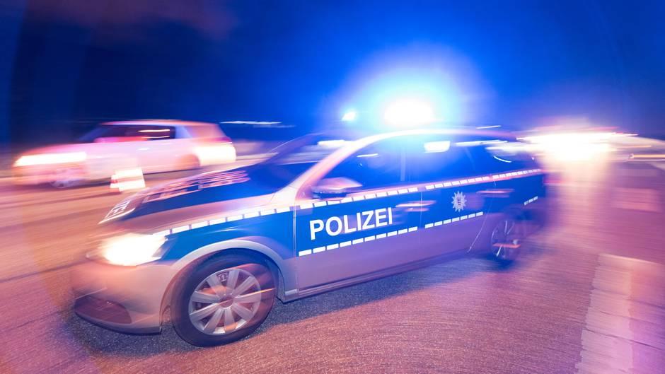 Nachrichten aus Deutschland - 39-Jähriger in Bar erschossen - Täter auf der Flucht