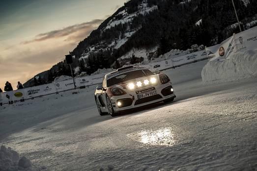 Walter Röhrl bewegte den Rallye-Prototypen Porsche 718 Cayman GT4