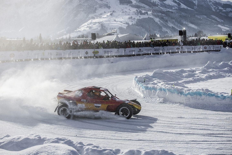 Die Teilnehme traten beim Ice GP Race in verschiedenen Klassen an: auch Buggys waren dabei