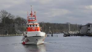 """Rettungsschiff """"Hans Hackmack"""" auf der Ostsee"""