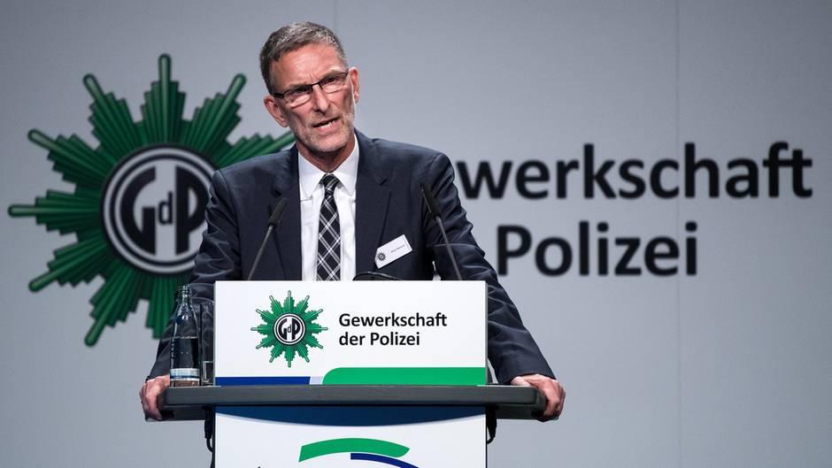 """GdP-Chef Oliver Malchow fordert von seinen Kollegen Distanz zu Björn Höcke und AfD-""""Flügel"""""""