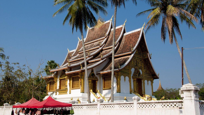Die 67.000 Einwohner Luang Prabangs leben zwischen Tempeln, Kolonialarchitektur und reichlich Grün. Der Tempel Ho Phra Bang ist Teil des Palastmuseums.