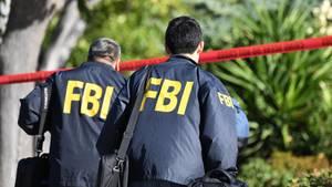 FBI-Beamte an einem Tatort