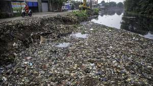 Pisang Batu in Indonesien: Schmutzigster Fluss der Welt bekommt endlich Hilfe