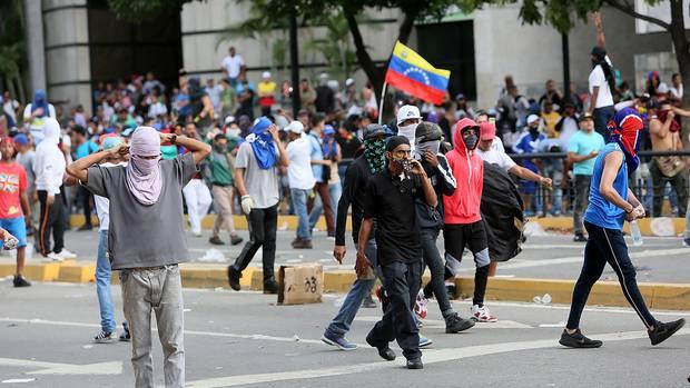 Venezuela - Ausschreitungen in den Straßen von Caracas