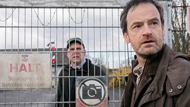 """Jörg Hartmann (r.) als Kommissar Peter Faber im """"Tatort: Zorn"""""""