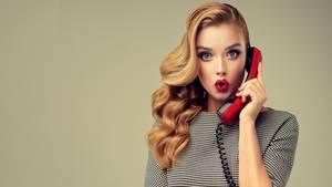 Hotline-Anrufe werden gerne mitgeschnitten (Symbolbild)