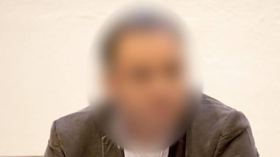 Er machte seine Opfer mit Drogen gefügig: Ex-Chefarzt zu neun Jahren Haft verurteilt
