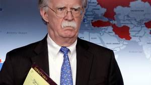 John Bolton, Sicherheitsberater von Donald Trum, und seine brisante Notiz