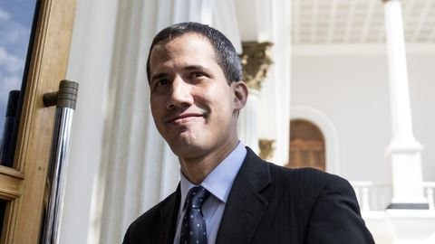 Venezuela: Ausreise- und Kontensperre gegen selbsternannten Interimspräsidenten beantragt