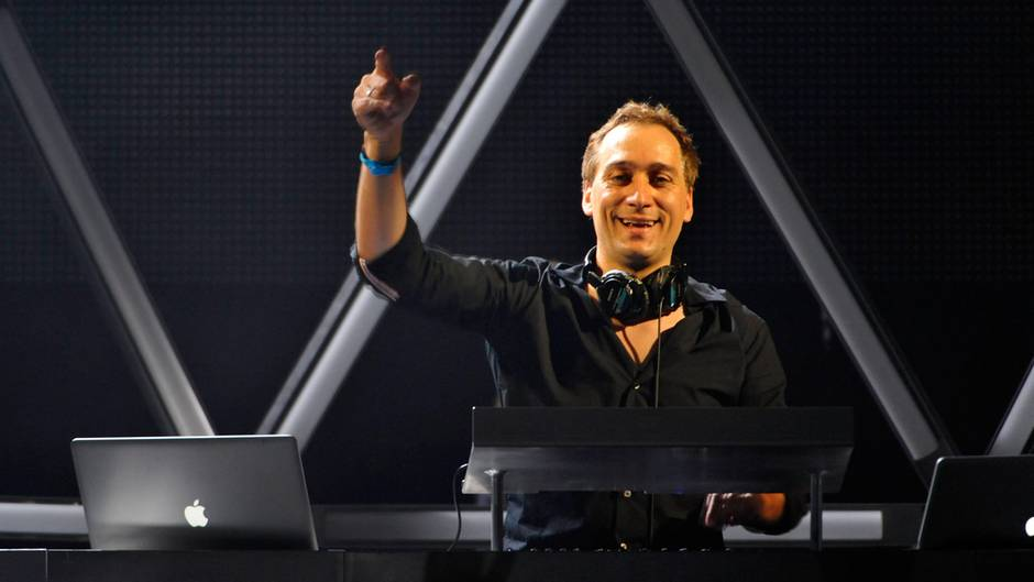 paul van dyk erhalt schadensersatz in millionenh he. Black Bedroom Furniture Sets. Home Design Ideas