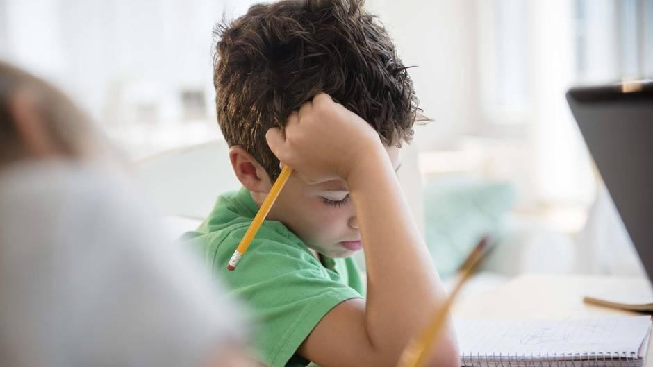 Weil die Mathe-Hausaufgaben zu schwer waren, wählte ein Junge in den USA den Notruf (Symbolbild)