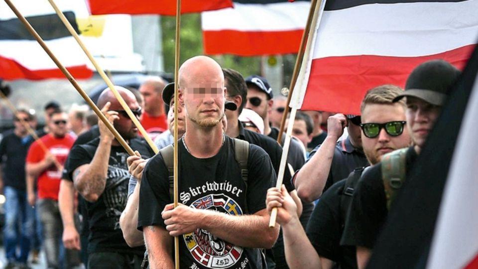 Neonazi-Demonstrationin Dortmund. Die rechte Szene in der nordrhein-westfälischen Stadt ist alt, gut vernetzt und breit aufgestellt.