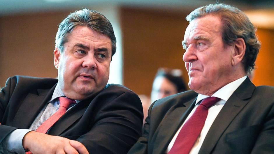 Das halten SPD-Politiker von Schröders Breitseite gegen Nahles (Spoiler: nicht viel)