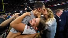 Football-Star Tom Brady feiert seinen sechsten Triumph beimSuper Bowl mit Frau Gisele Bündchen und Tochter