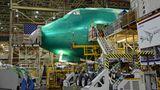 Inzwischen verkauft Boeing nur noch die Frachtversion des vierstrahligen Flugzeugs, und die Produktionsrate wurde auf sechs Maschinen im Jahr reduziert