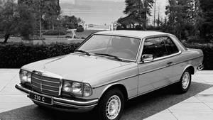Im Jahr 1977: Weltpremiere Mercedes C 123 auf dem Genfer Salon