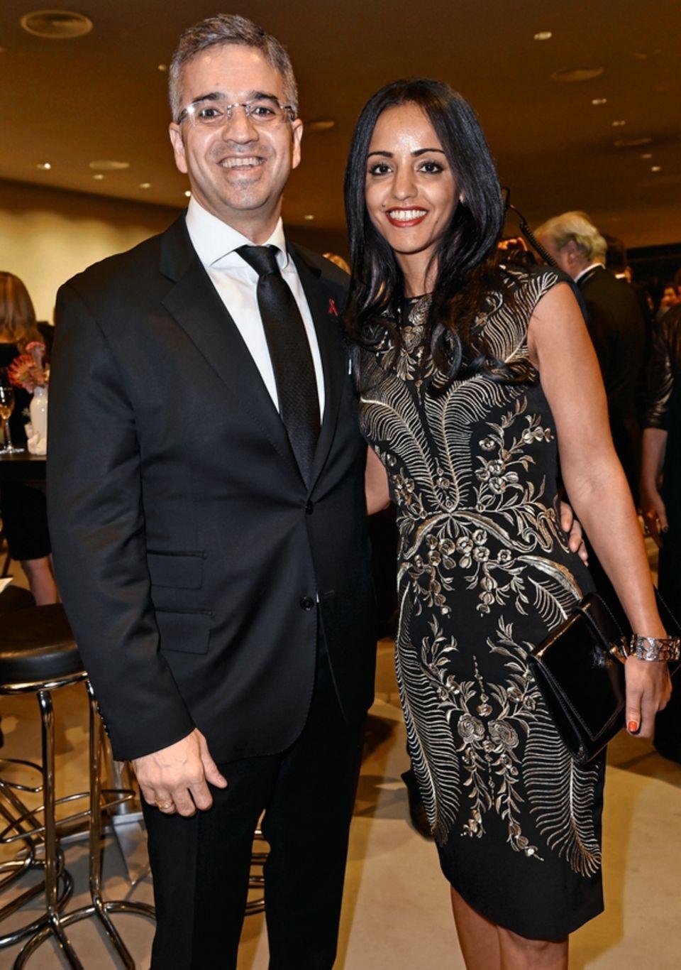 Große Oper: Chebli 2017 mit ihrem Mann Nizar Maarouf bei einer Gala für die Deutsche Aids-Stiftung