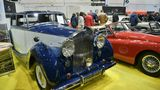 Rolls-Royce Silver Wraith. Der Wagen Baujahr 1950 - 6-Reihen-Zylinder, Hubraum 4226 ccm, 100 PS - wurde bei H.J.Mulliner gebaut.Die Karosserie ist als Touring-Limousine mit Trennwand ausgeführt. Wird für 69.000 Euro angeboten.