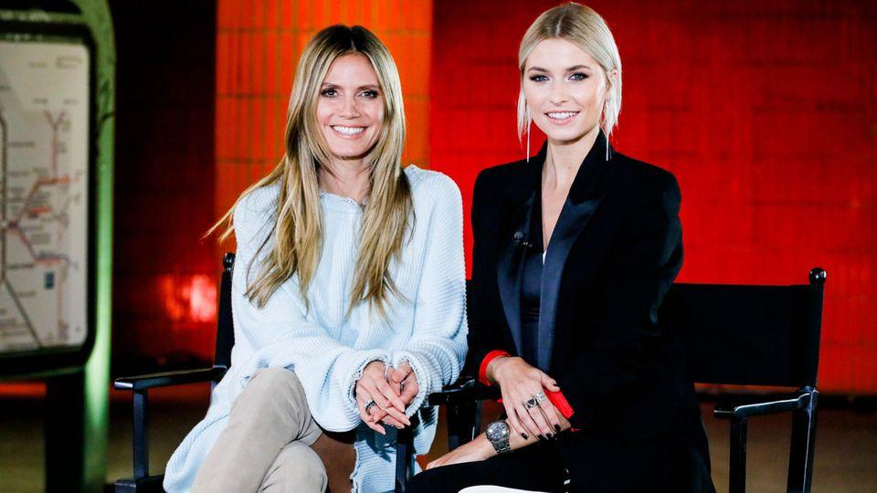 Heidi Klum und Gastjurorin Lena Gercke beim Auftakt der neuen GNTM-Staffel