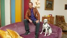 Designer Wolfgang Joop in seiner Wohnung
