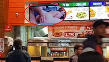 Santiago de Chile: Restaurant spielt versehentlich Hardcore-Porno auf Bildschirm