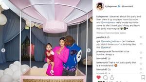 Kylie Jenner, Travis Scott und Tochter Stormi auf deren einjährigen Geburtstagsparty
