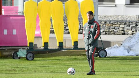 Zum Scheinriesen taktiert: Niko Kovac agiert wie in den 90ern - das wird gegen Liverpool nicht reichen