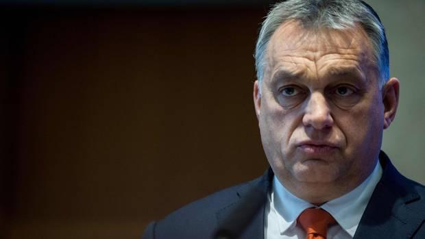 Ungarn - Viktor Orbán verkündet finanzielle Anreize für mehr Geburten