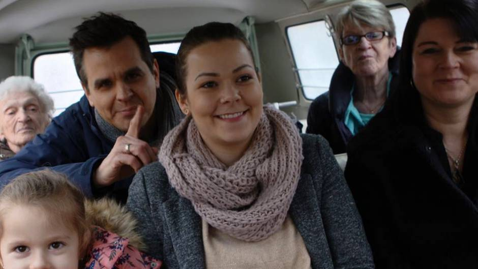 Reporter Stefan Uhl unterwegs mit der Fünf-Generationen-Familie.