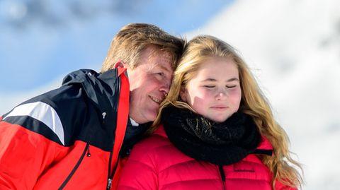 König Willem-Alexander und seine Tochter Amalia