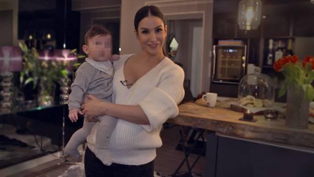 Wieder schwanger im 5. Monat: Sila Sahin-Radlinger (33) mit Söhnchen Elija (6 Monate) im Interview mit stern TV.