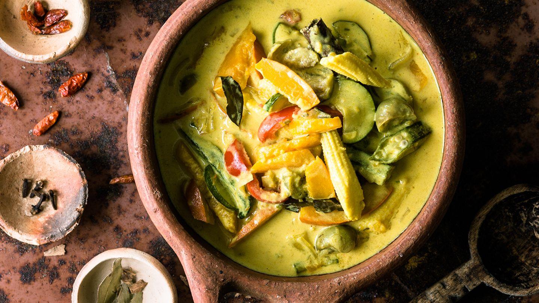 Nicht alle südasiatischen Gerichte sind scharf: Dieses Gemüsecurry bleibt ganz mild