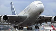 Ein Airbus A380 beim Start