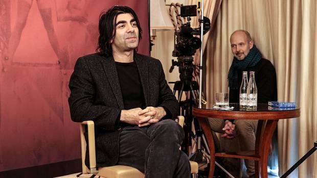 Regisseur Fatih Akin verteidigte seinen Film bereits gegen die Kritik, er sei zu hart