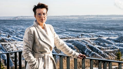 Versöhnt mit den Zumutungen des Tagesbaus: Welzows Bürgermeisterin Birgit Zuchold
