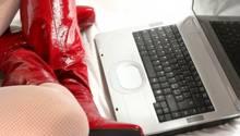 Wie gehen wir Menschen eigentlich um mit den sexuellen Verlockungen im digitalen Zeitalter?