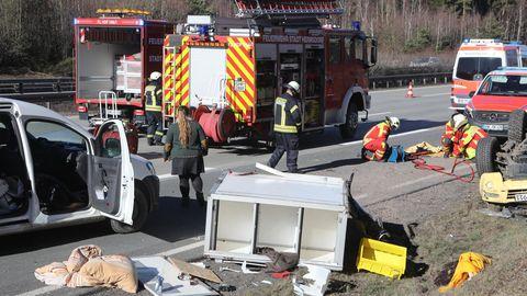 In diesen Unfall auf der A9war einAuto der Rettungshundestaffel Ostthüringen des ASB verwickelt